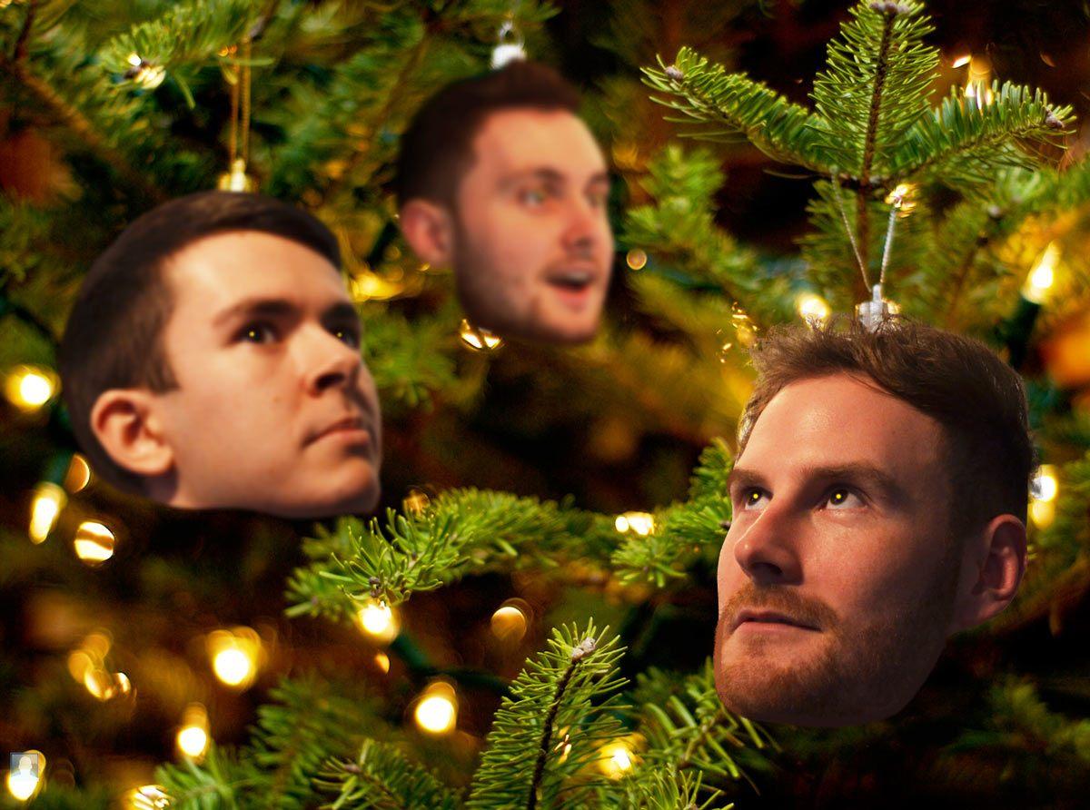 christmas-card-baubles